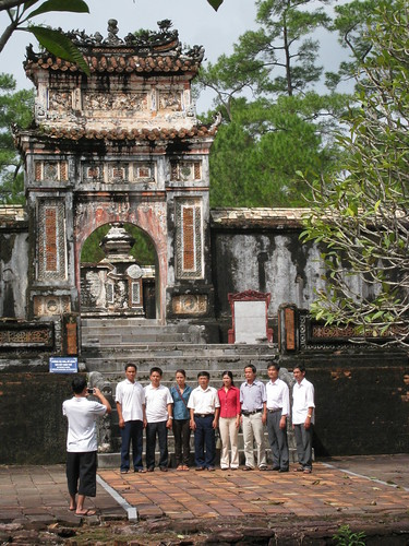 Pose in front of the emperor's tomb