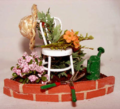 Corner Garden, Miniature Dolhouse, 1/12 Scale (Golden Unicorn Miniatures) Tags: flowers plants garden landscape miniatures miniature greenery florals prop dollhouse dollshouse onetwelfthscale cdhm goldenunicornminis