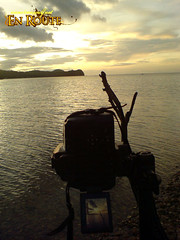 Shooting the sunset at Boquete Island (SE K800i)
