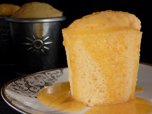 Kleine Joghurt-Orangenblüten-Kuchen