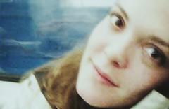 métro portrait (-Antoine-) Tags: portrait canada girl smile subway square video fuji montréal metro quebec montreal métro victoria québec finepix z10 ge fille sourire geneviève genevieve ratatat vidéo aftereffects squarevictoria vid shiller sexyvideogroup ©antoinerouleau