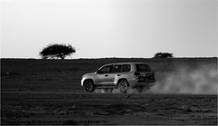 Land Cruiser (flickr ) Tags: bw 3 monochrome car grey flickr desert n toyota land motor 2008 cruiser doha qatar   qtr