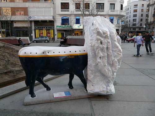 069_Titanic Cow