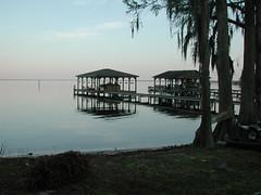 lake story 006 (shankargallery) Tags: landscapes nikon piers northcarolina lakeside spanishmoss lakescapes lakewaccamaw shankargallery richardlazzara clustershotcom