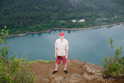 Rattlesnake Ledge lookout