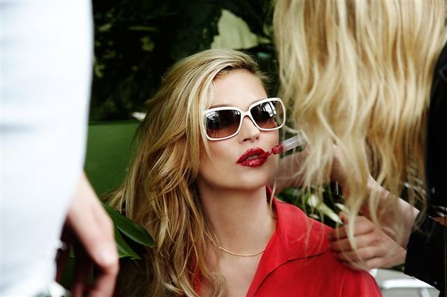 vogue_eyewear_kate_moss-14______7118