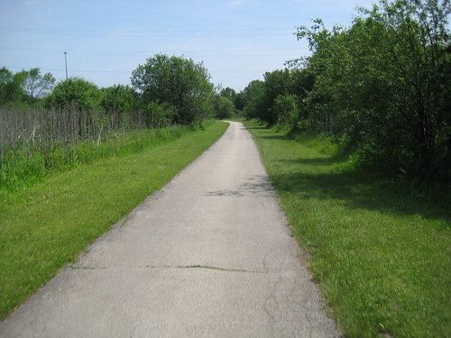Oak Leaf Trail, Greenfield area
