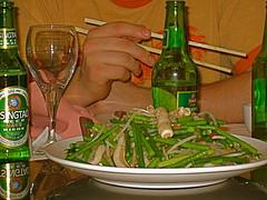 garlic stem, fresh sea cucumber