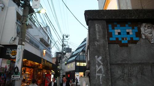 SPACE INVEDER graffiti @TOKYO JAPAN