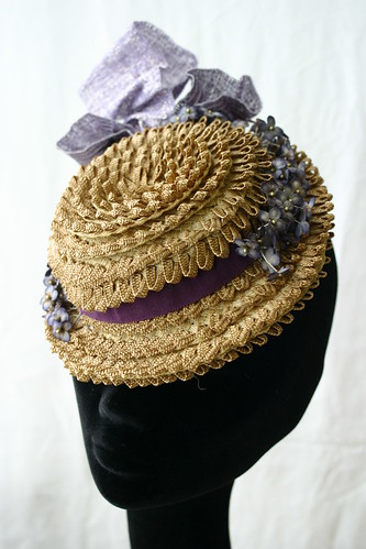 Image of the finished hat by Nina Pawlowsky
