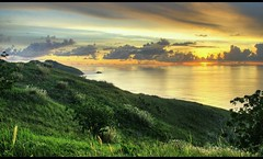 HDR Sunset at Coral view - Fiji (kryyslee) Tags: christophe paquignon kryyslee travel around world 2008 voyage autour du monde backpacker fiji nadi yasawas islands island yasawa canon eos 400d fijian hdr high dynamic range sunset coral view jediphotographer panorama adventure aventure photo trip photography amateur image images pict picture pictures photos pics round 50d foto christophepaquignon color couleur colors couleurs