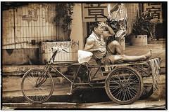 bike rest (jobarracuda) Tags: china bike chinese rest trike headache fz50 oldchina panasoniclumixdmcfz50 jobarracuda jobar