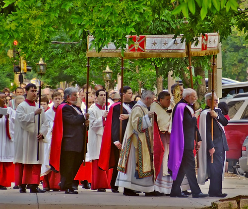 Corpus Christi procession 2008, of the Cathedral Basilica of Saint Louis, in Saint Louis, Missouri, USA - Procession 1