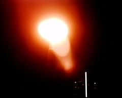 【写真】VQ1005で撮影した街灯越しのランドマークタワー