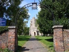 DSC00280 (edwardsgt) Tags: uk tring herts parishchurch