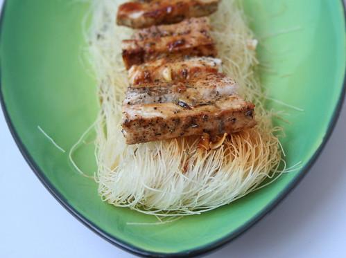 Pesce spada al pepe con spaghetti di riso
