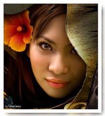 Natalia re-edited (peterjaena) Tags: light portrait colors nikon sigma headshot available 1850 d80