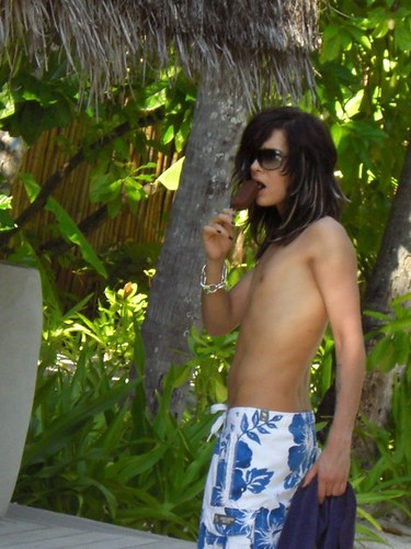 noticed fat skinnier worried normal bill kaulitz vacation