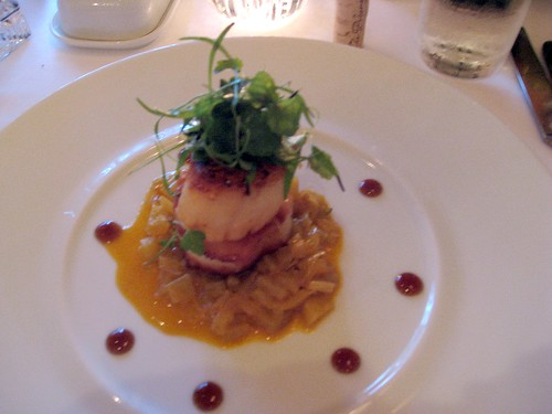 Xavier's at Piermont: Scallops with Fennel and Hibiscus Glaze