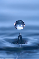 004843-water_drops-gocce_acqua
