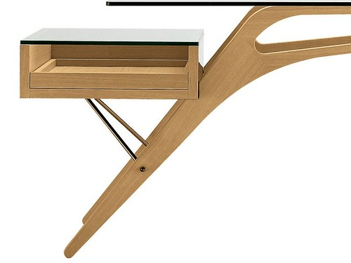 Cavour Writing Desk drawer and leg