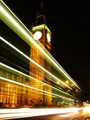 Big Ben (Pablo Vieira) Tags: uk greatbritain color bus london beautiful westminster thames night river noche europa europe nightshot unitedkingdom britain great culture parliament bigben colores londres slowshutter nocturna noite historical movimento londra moviment nite touristattraction thamesriver doubledeckerbus onibus doubledecker parliamenthouse nighshot nocturno tamesis noturno cityofwestminster tamisa worldicon