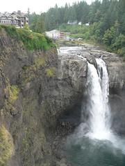 falls and lodge (Lynn Hall) Tags: snoqualmiefalls