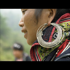 Hmong Earing Bokeh HBW! (NaPix -- (Time out)) Tags: portrait woman black art women asia southeastasia rice bokeh embroidery working harvest earring craft vietnam explore vision sapa hmong tms tellmeastory firstquality indigoblue explored explorefrontpage explore2 hbw hempclothing napix jeawlery {ua}