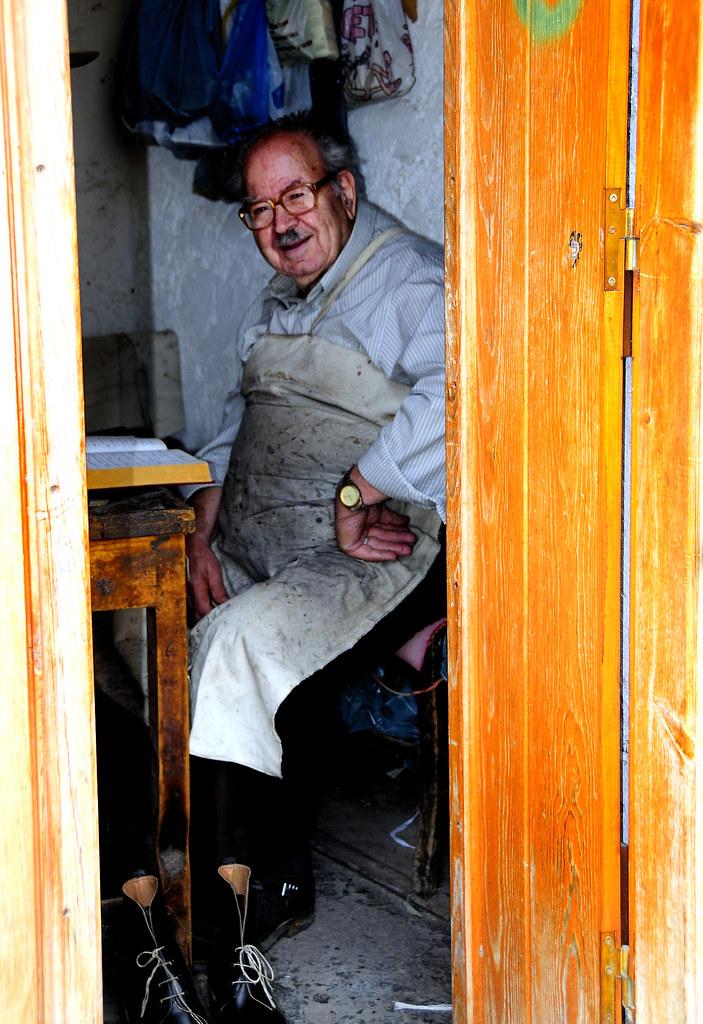 The Master Shoemaker,Crete