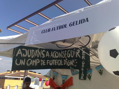 Un camp de futbol digne
