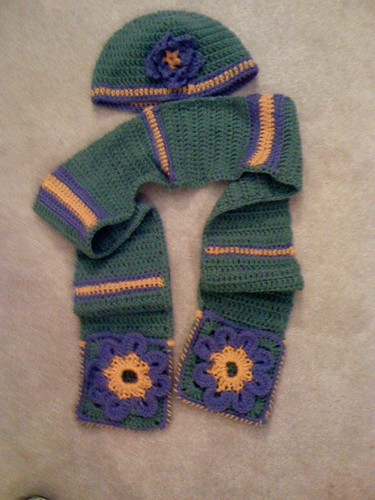 purple and green hat and scarf set