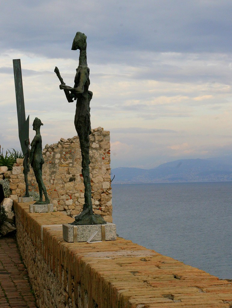 Sculptures and Sea, Picasso Museum, Antibe
