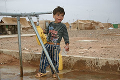 Water supply in the camp (UNHCR) Tags: uk family children israel us iran palestine iraq jordan international baghdad migration iraqwar unhcr flchtling kurdish usinvasion kurds migrant displacement refugeecamp humanitarianaid migracion humanitarianassistance refugiado palestinianoccupiedterritories kurdishiranians