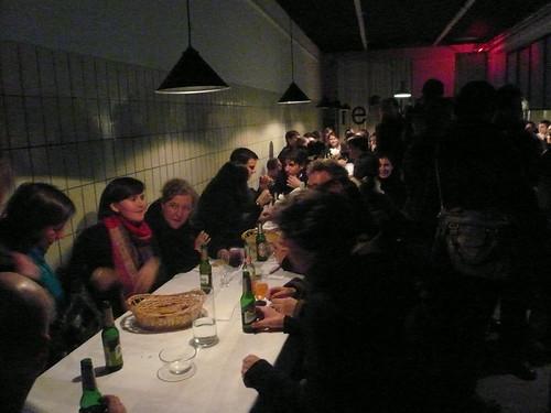 Freitagsküche im Hinterhaus von Atelierfrankfurt. November 2008