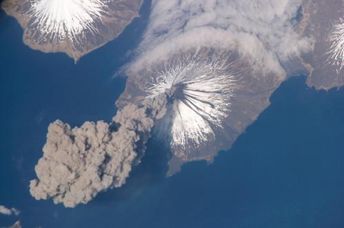 Volcán Cleveland (Alaska) - copyright NASA