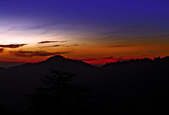 Hope (sir_watkyn) Tags: sunset sky orange india mountains crimson yellow clouds canon landscape eos 350d gold shimla interestingness silhouettes hues dslr soe himachal himalayas pradesh supershot abigfave platinumphoto aplusphoto ysplix theunforgettablepictures sunsetmania flickrlovers sirwatkyn