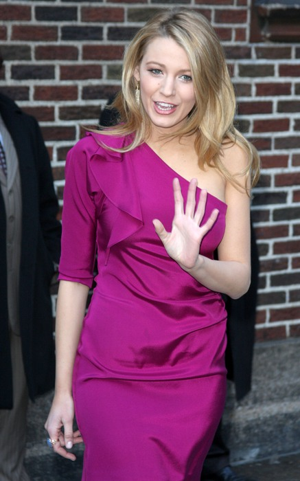 blake-lively-purple-perfection (4)