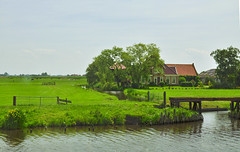 Dad's Dream retirement home ;-) (e-sun1) Tags: homes by canals surrounded thenetherland greeneries countrysideholland