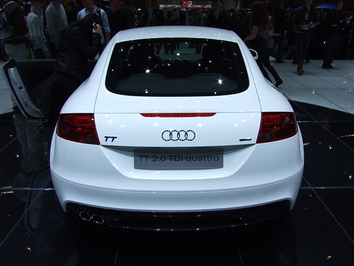 white color Audi TT 2.0 TDi quattro Cars wallpapers and specification