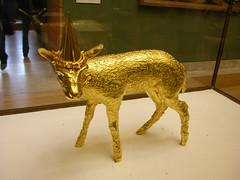 Agneau (cassiopeeh) Tags: art nikon jan louvre or ange musée exposition coolpix fabre métamorphose agneau vanité contemporain
