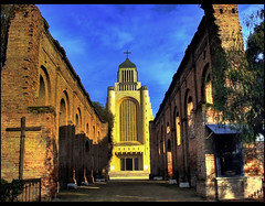 Templo de Maip...Su historia (Errlucho) Tags: chile catedral colores ruinas historia hdr templo antiguedad religioso maip