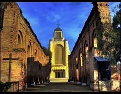 Templo de Maipú...Su historia (Errlucho) Tags: chile catedral colores ruinas historia hdr templo antiguedad religioso maipú