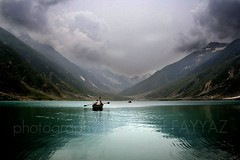 Lake Saif-ul-Maluk (Yousaf FAYYAZ) Tags: lake tree green water grass boat mountians saifulmaluk