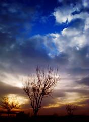 Gamas de atardecer (Errlucho) Tags: hello chile azul contraluz colores cielo nubes gama atardecr errlucho