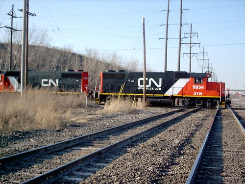 Eastbound CanadianNational switching train heading to nearby Crawford Yard. Hawthorne Junction. Chicago / Cicero Illinois. March 2007. by Eddie from Chicago