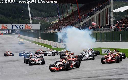 [運動] 2008年F1比利時站:這就是F1的本質 (2)