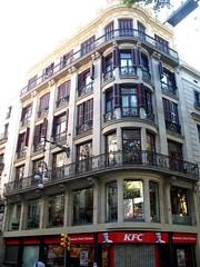 i like this building (francesbean) Tags: barcelona espaa spain europa europe bcn catalonia espana larambla catalunya lasramblas spagna panielsko