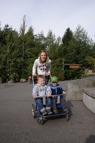 Lori, Aidan and Jaymin at the zoo