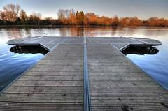 Hyde Park Jetty (5ERG10) Tags: autumn orange lake reflection london fall water sergio leaves photoshop nikon jetty perspective ducks wideangle handheld boardwalk hydepark hdr highdynamicrange serpentine d300 3xp photomatix sigma1020 amiti 5erg10 sergioamiti