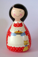 Presente de Natal (Belle Bellica) Tags: wood cat painting doll gato boneca madeira torta pintura polkadot